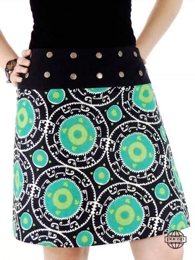jupe oriantale verte avec bouton pression