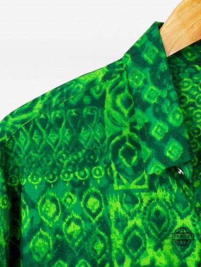 Chemise Originale Ajustée Motif Ethnique Ikat Vert Chemise Homme Eté Manches Longues Col Italien Marque Française Responsable