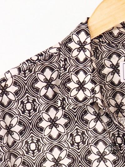 Chemise Homme Été Grande Taille Élégante à Fleurs Noire et Blanche Manches Longues Col Classique Marque Française