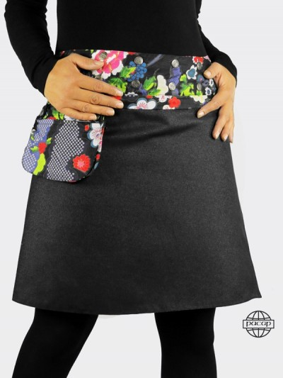Skirt with removable pocket in black and blue jeans with printed