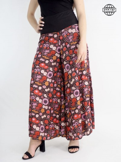 Flowering trousers, wide trousers, flared pants, summer pants, red trousers, pink pants.