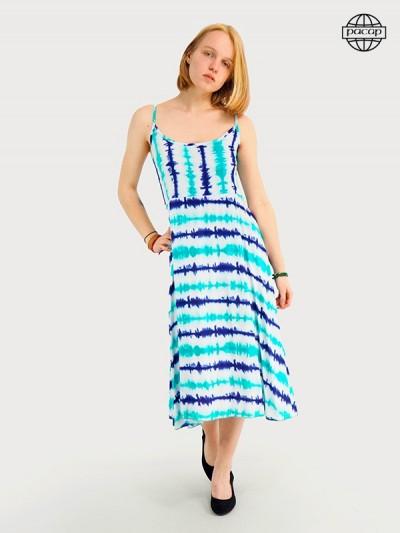 robe longue bleue a fines bretelles