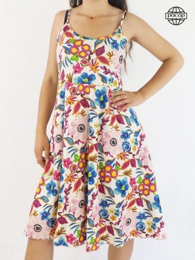 Robe mi-longue, robe fleurie, robe multicolore, robe à bretelles fines, robe colorée, robe été