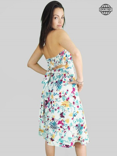 Robe blanche, robe dos nu, robe longue, robe à fleurs, robe col v, robe été, robe femme