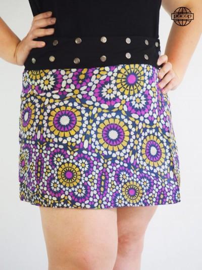 Jupe Patineuse Violette Boutonnée Genou Taille Large Ceinture Noire Boutonnée Marque Française